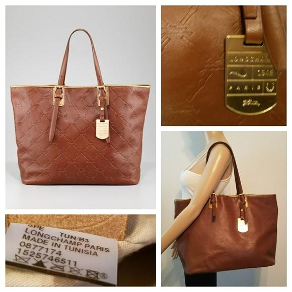 Fantastic $700 LONGCHAMP LM Cuir Tote Bag